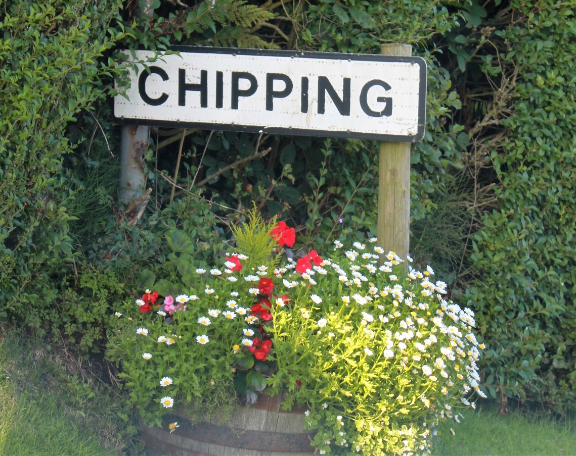 Chipping Sign
