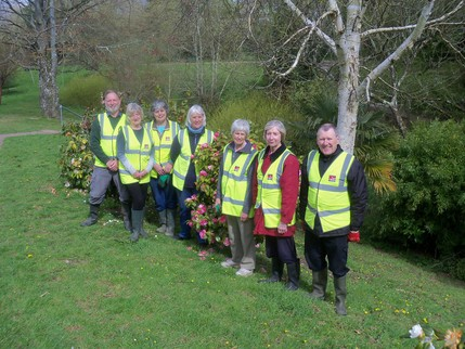 Glen Volunteers April 2016